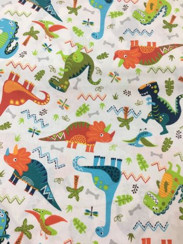 Quilter's Palette Dinosaurs White 2405-01